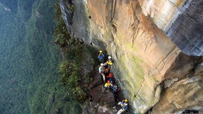 trekking auyantepuy salto del angel